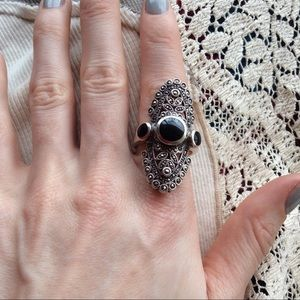 Vintage Jewelry - Oblong ONYX Marcasite Silver Ring